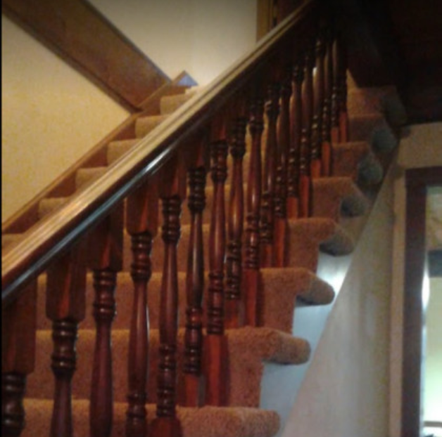 Carpeted staircase by Lenora's Carpet. Sales, Installation, Service.